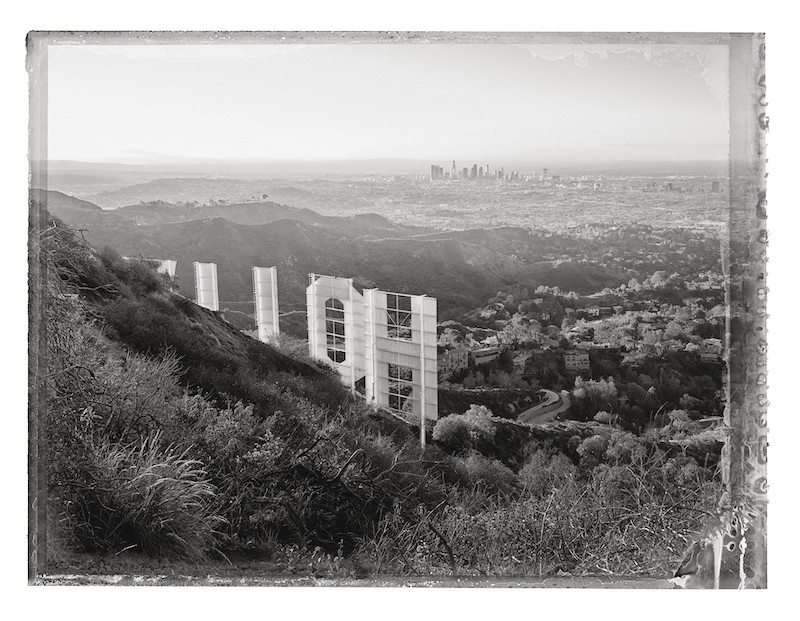 19_Cover_Hollywood_Sign_I