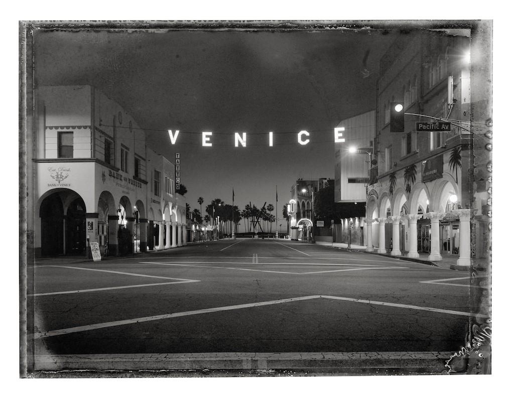 81_Venice_Sign