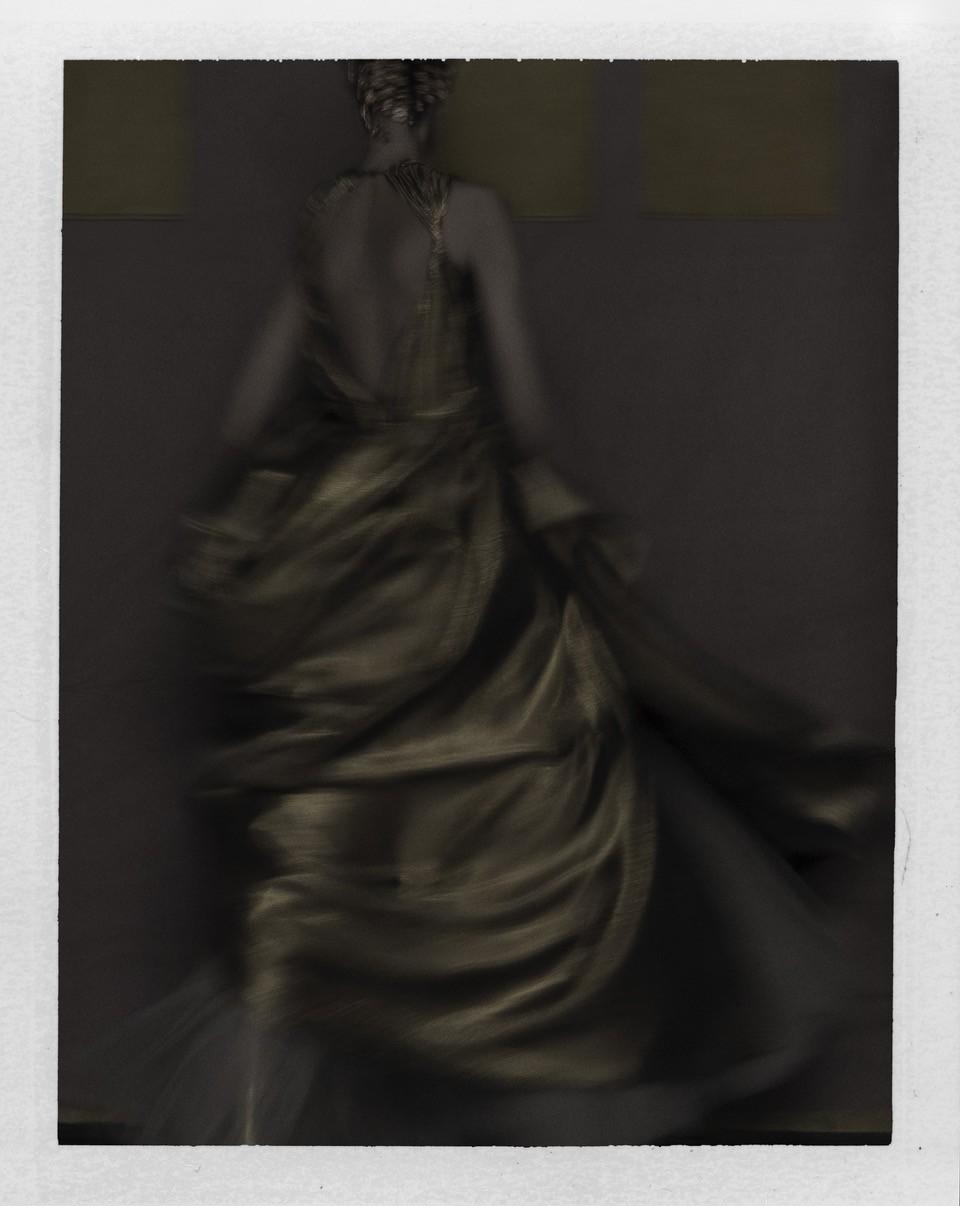 202104Q001 la robe dorée