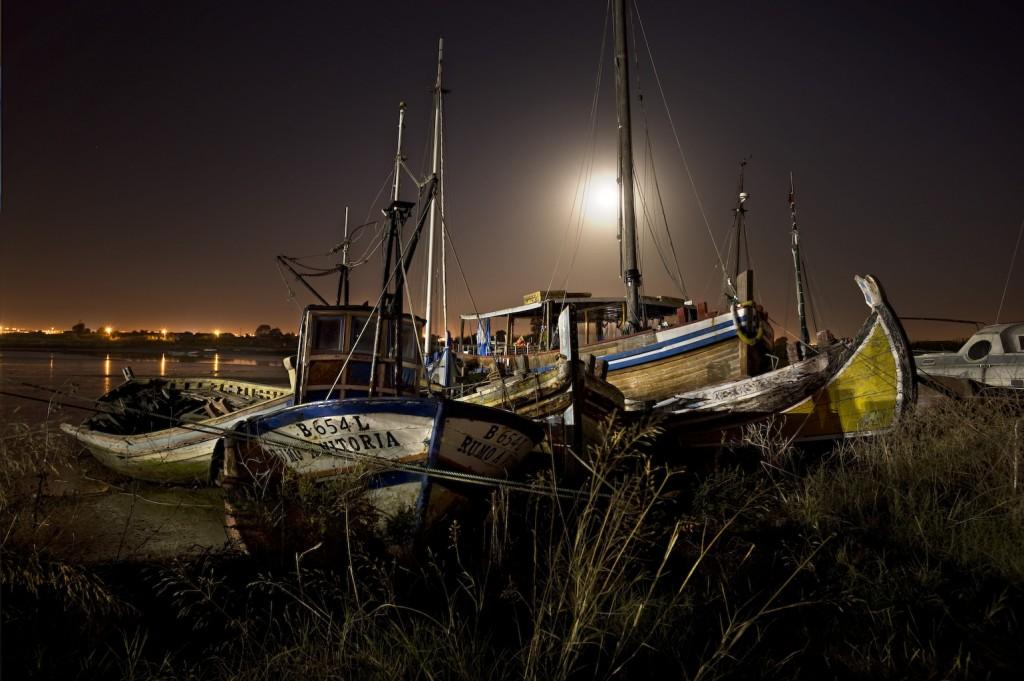 jan-windszus-mare-lissabon-ausrangierte-fischerboote