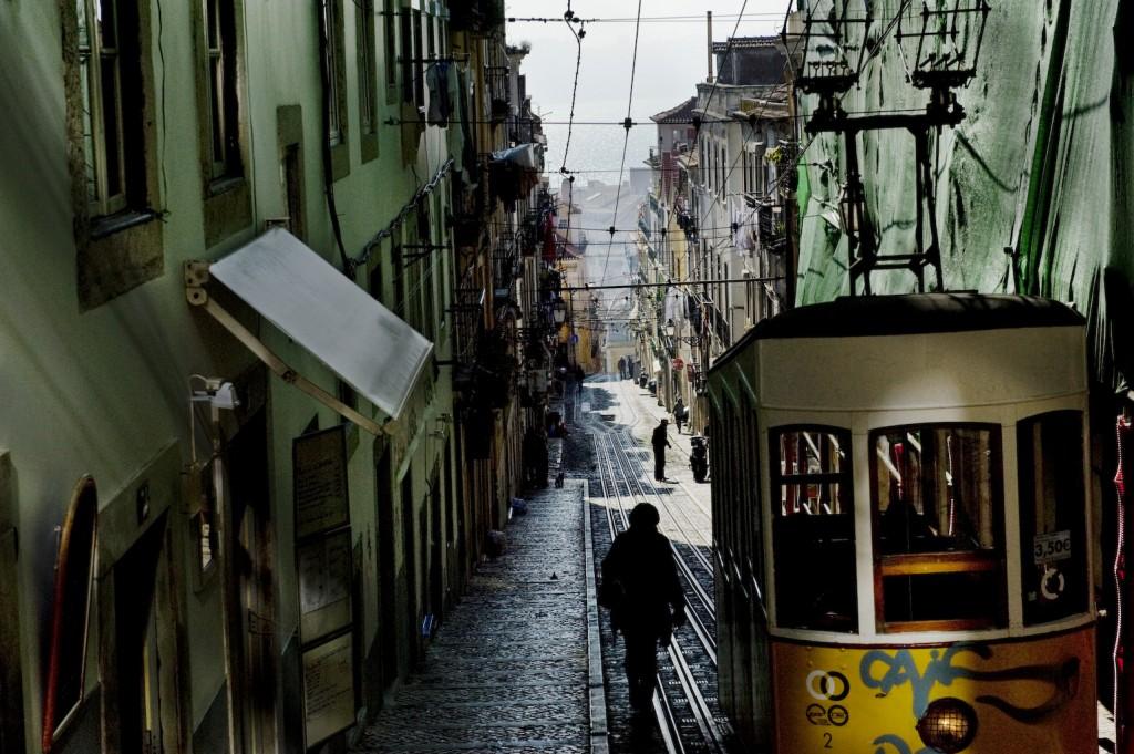 jan-windszus-mare-lissabon-rua-dia-bica-de-duarte-belo