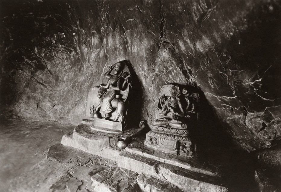 kenro-izu-india-sacred-within-gaya-206