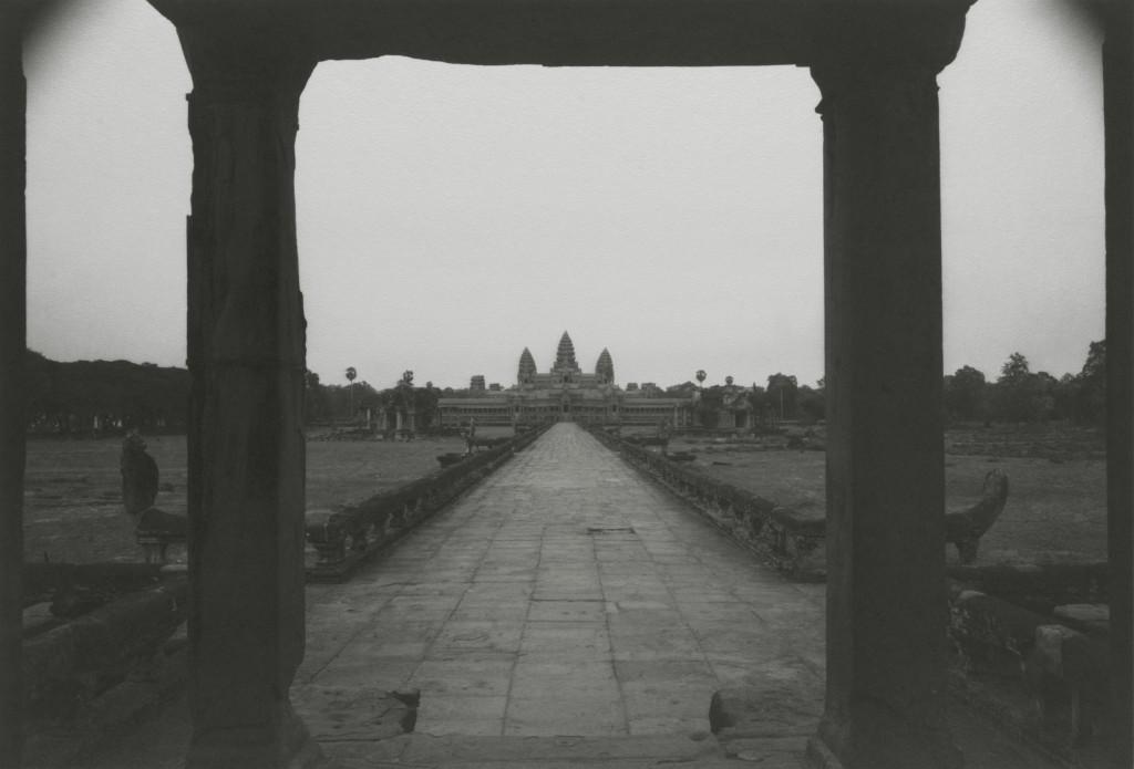 kenro-izu-sacred-places-angkor-4